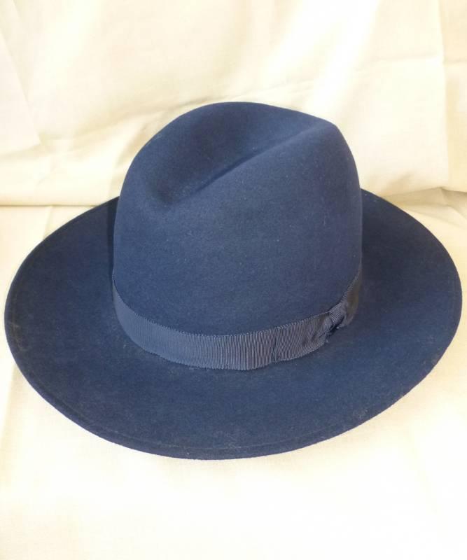 Chapeau-Laine-bleu-M3