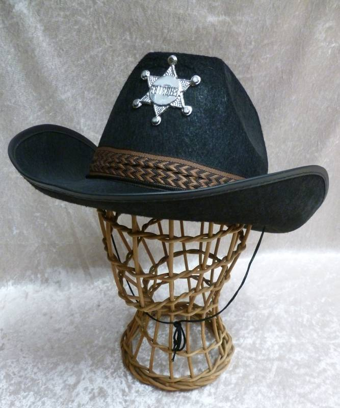 Chapeau-Cow-Boy-Adulte-Sheriff-noir