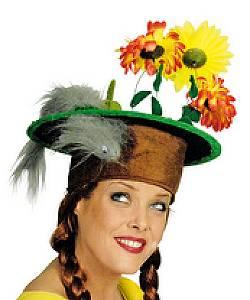 Chapeau-Humoristique-Belette-sur-pelouse