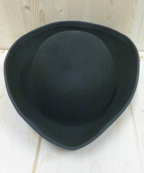Chapeau-Tricorne-noir-luxe-en-laine-2