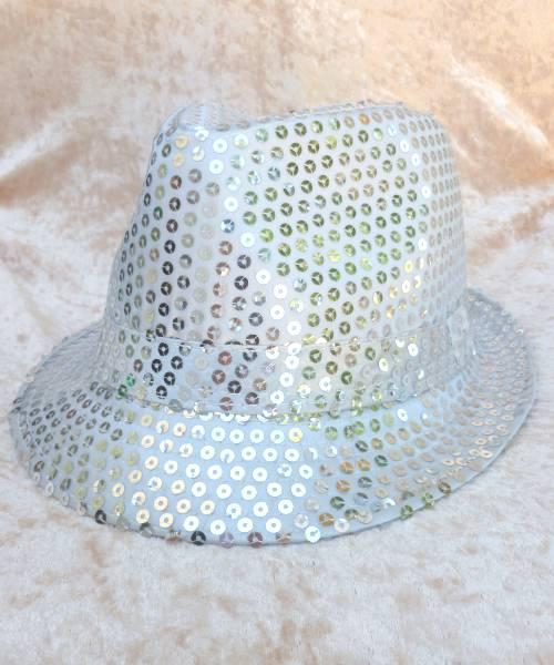 Chapeau-Disco-paillette-argent