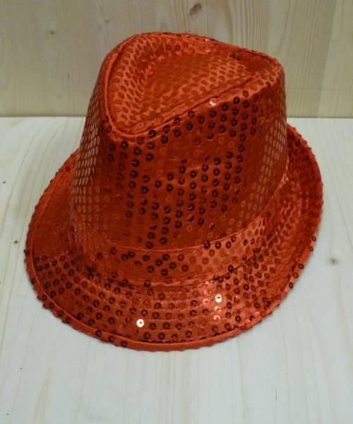 Chapeau-Disco-rouge-à-paillettes