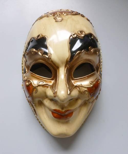 Masque-Venise-Comedia