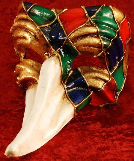 Masque-Vénitien-long-nez