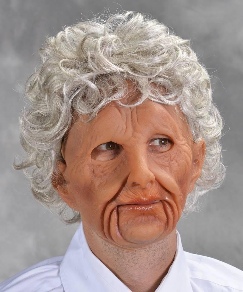 Masque-vieille-femme-réaliste-2