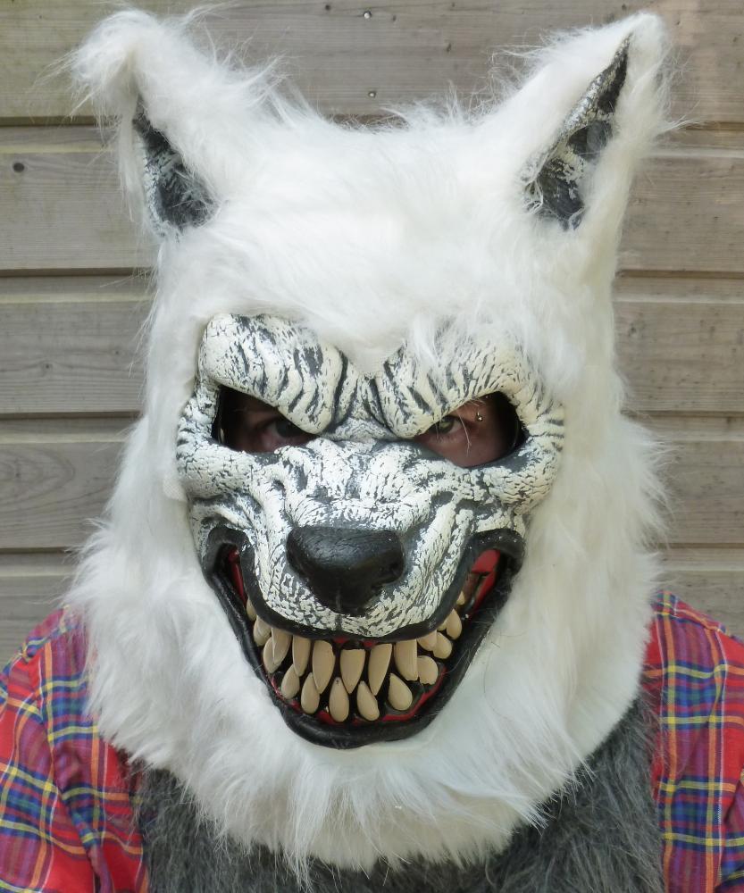 Masque de loup-garou réaliste