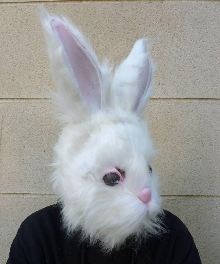 Masque-de-lapin-blanc-2