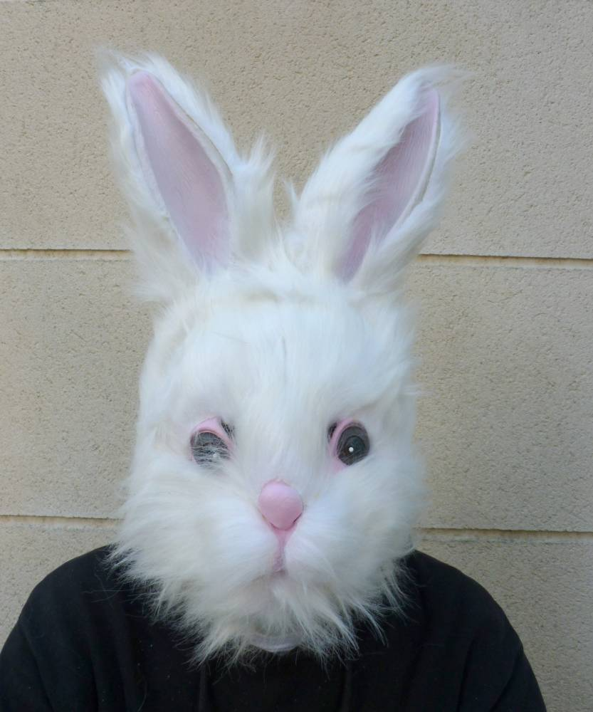 Masque-de-lapin-blanc-3