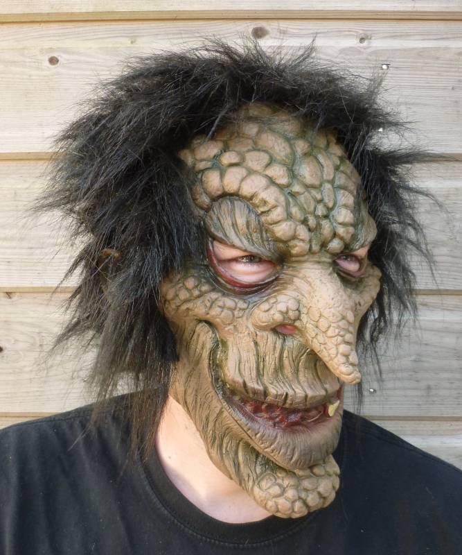 Masque-Troll-2