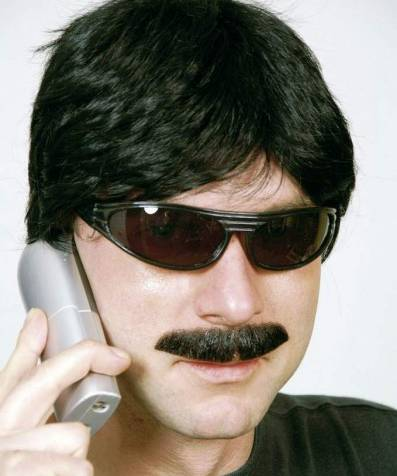 Moustache-réaliste-2