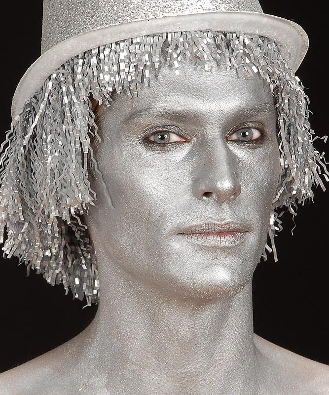 Maquillage-peau-argent