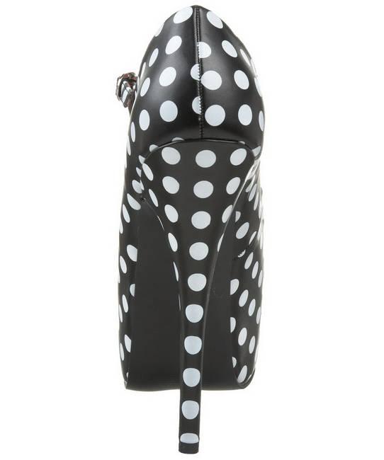 Chaussures-noires-à-pois-blancs-4