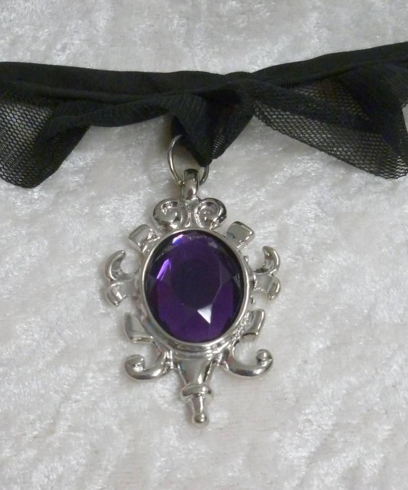 Collier-gothique-2