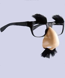 Lunettes-avec-nez-Groucho