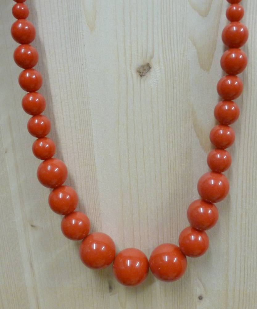 Collier-70s-perles-rouge-3