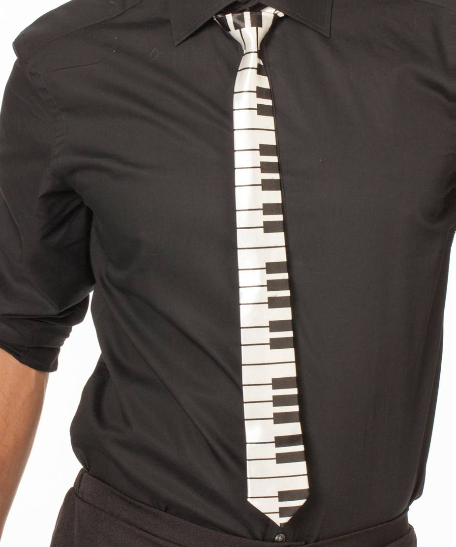 Cravate-touches-de-piano