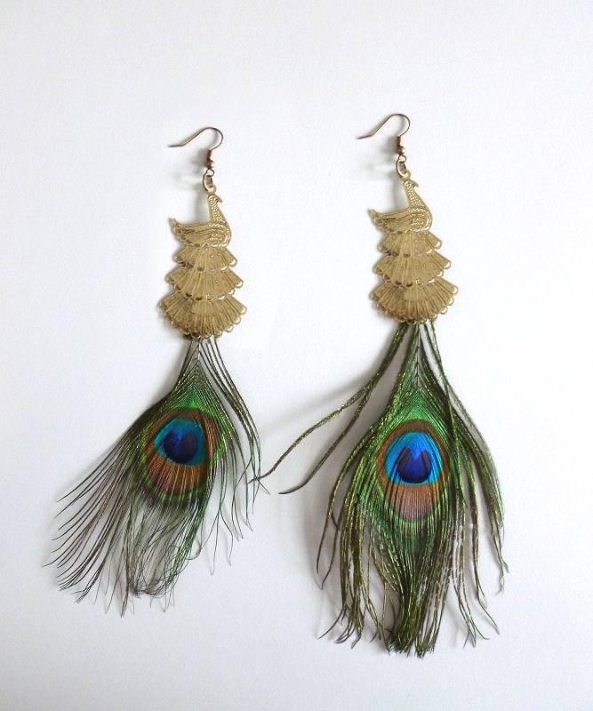 Boucles-oreille-plumes-de-paon