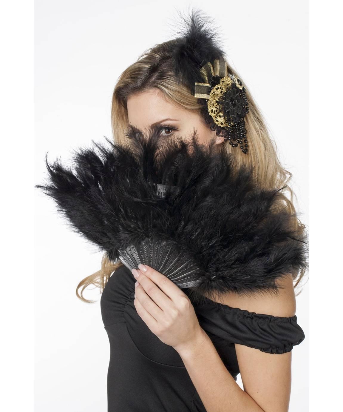 Eventail-noir-plumes