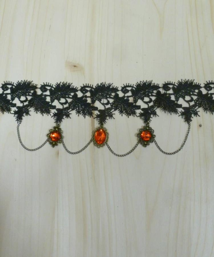 Collier-dentelle-marquise-1
