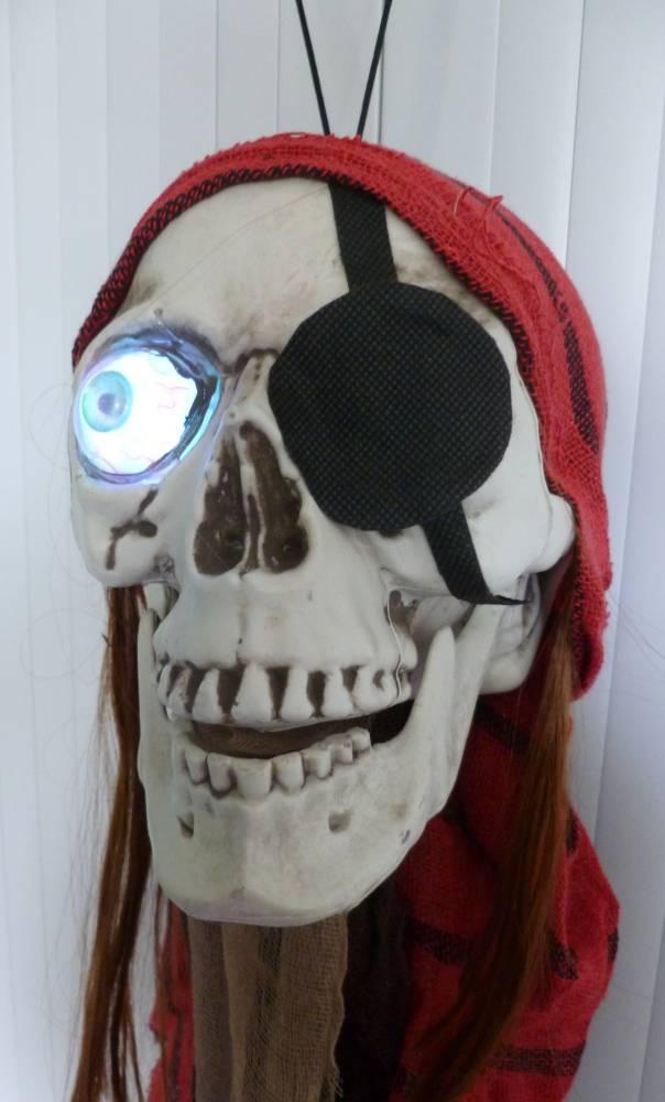 Décoration-Halloween-Pirate-70cm-2