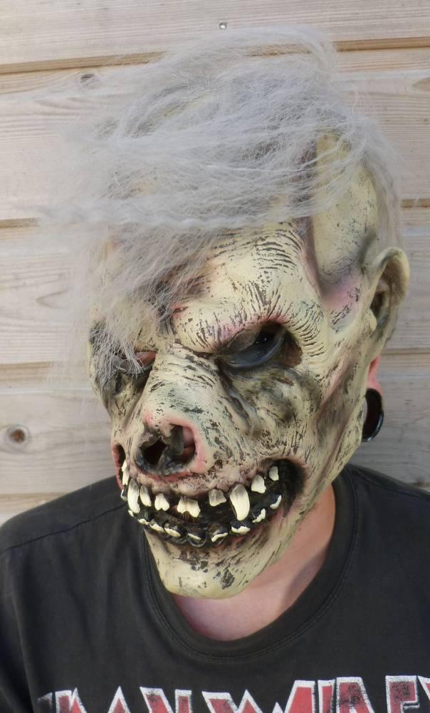 Masque-Mort-vivant