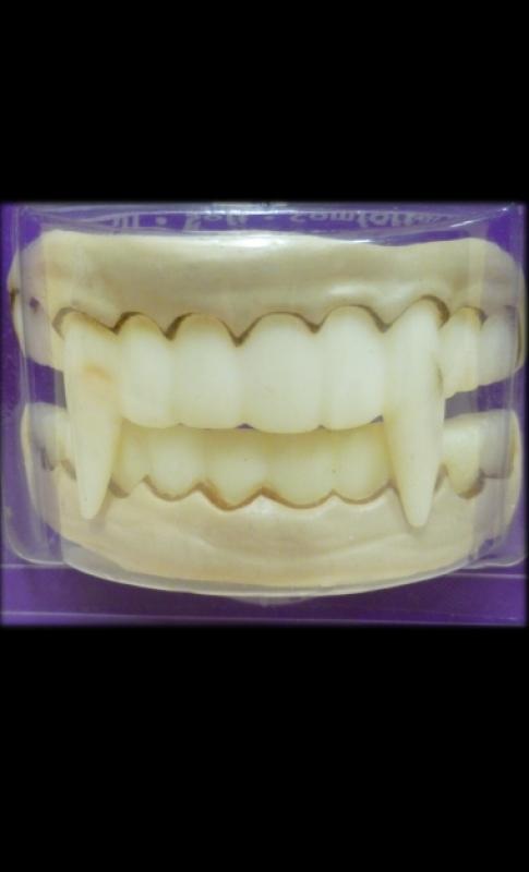 Dentier-Dracula