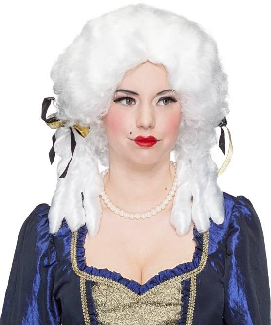 Perruque-Marquise-blanche-Amalia