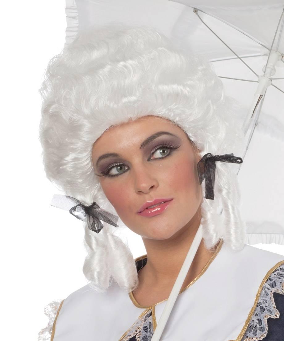 Perruque-Marie-Antoinette
