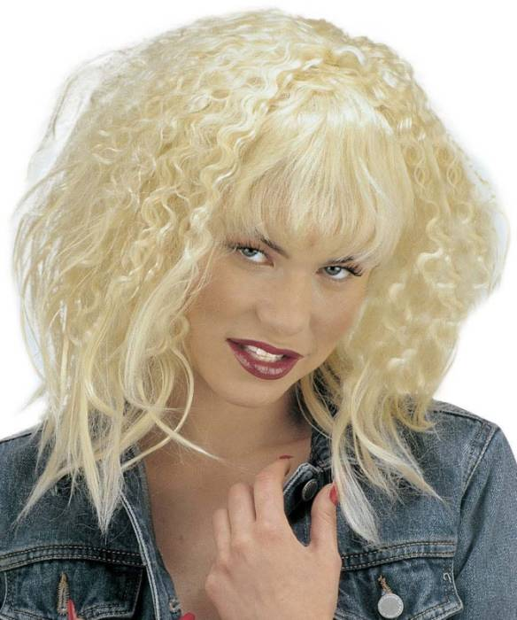 Perruque-femme-blonde