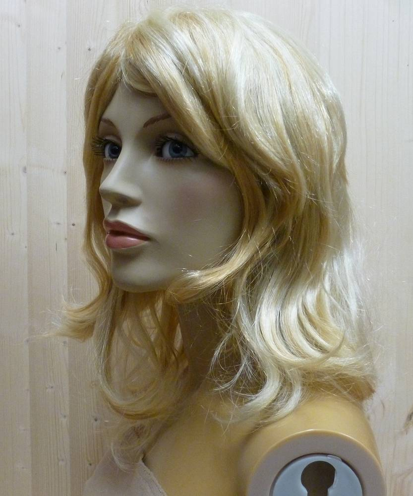 Perruque-Femme-blonde-Marie-3