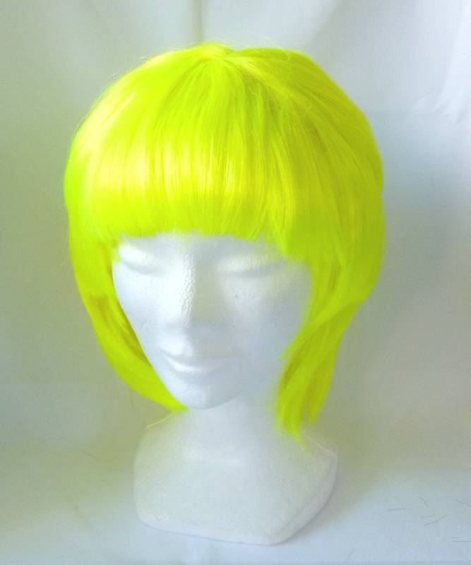 Perruque-Jaune-fluo-à-petit-prix