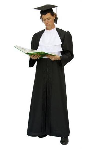 Costume-de-juge-ou-avocat
