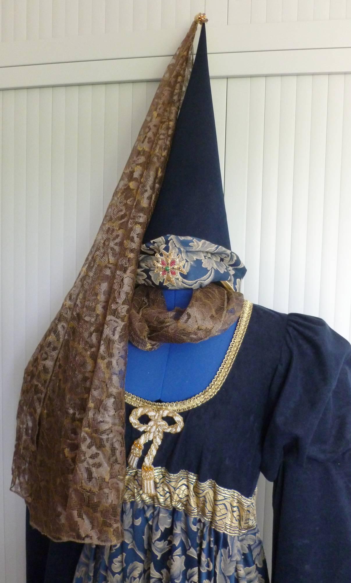 Robe-médiévale-2