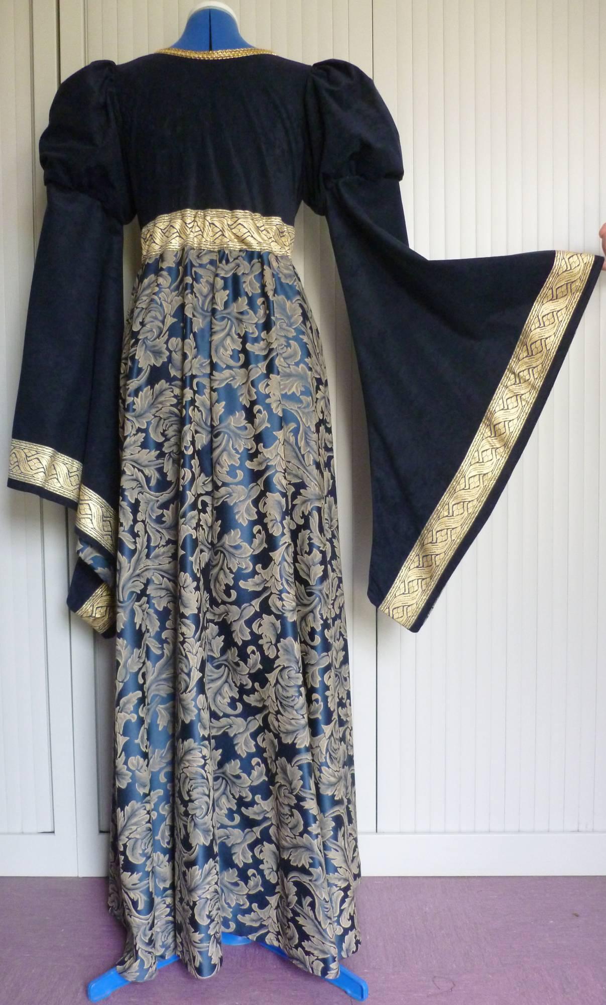 Robe-médiévale-Iseult-Luxe-4