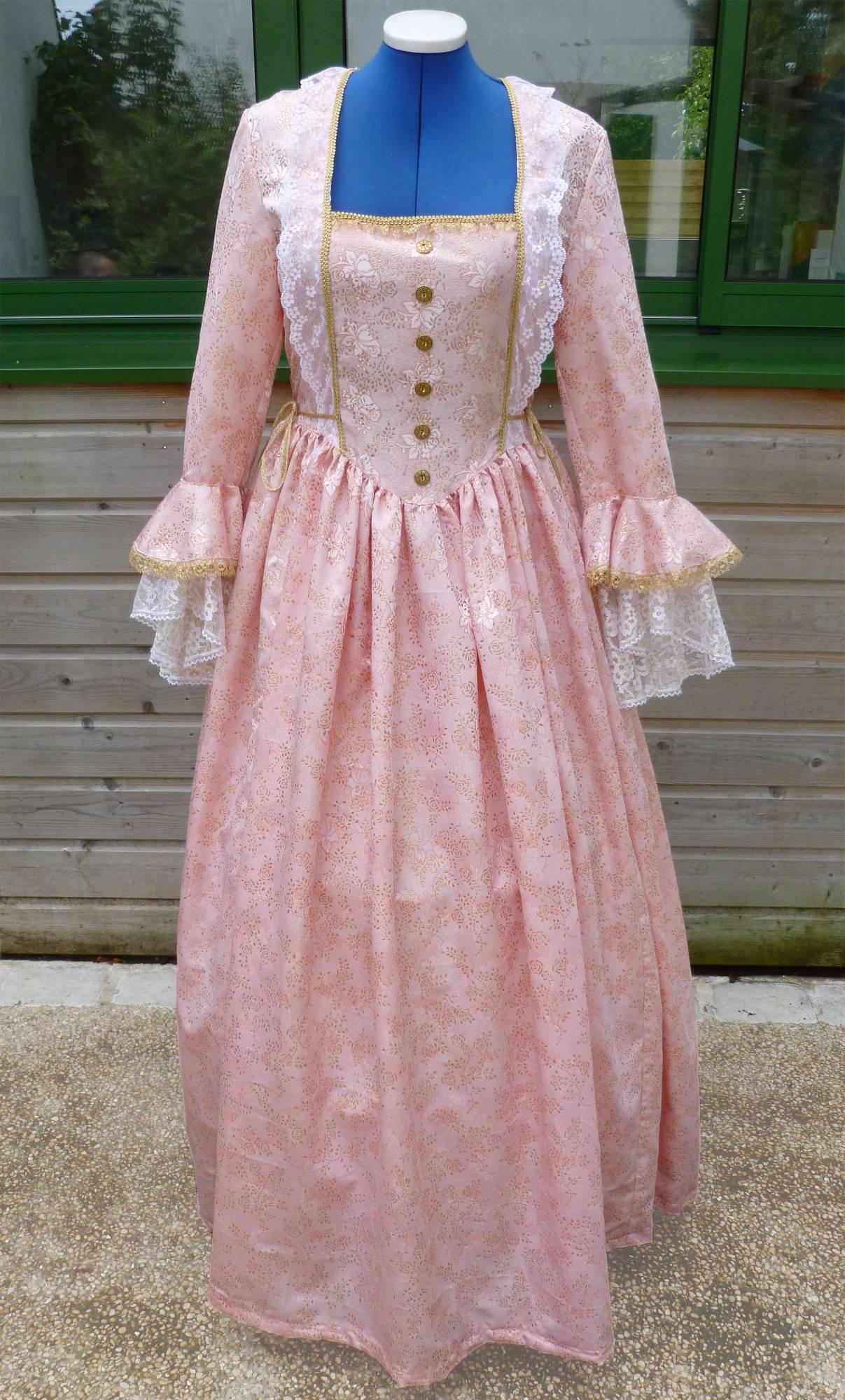 Costume-Marquise-rose-C3