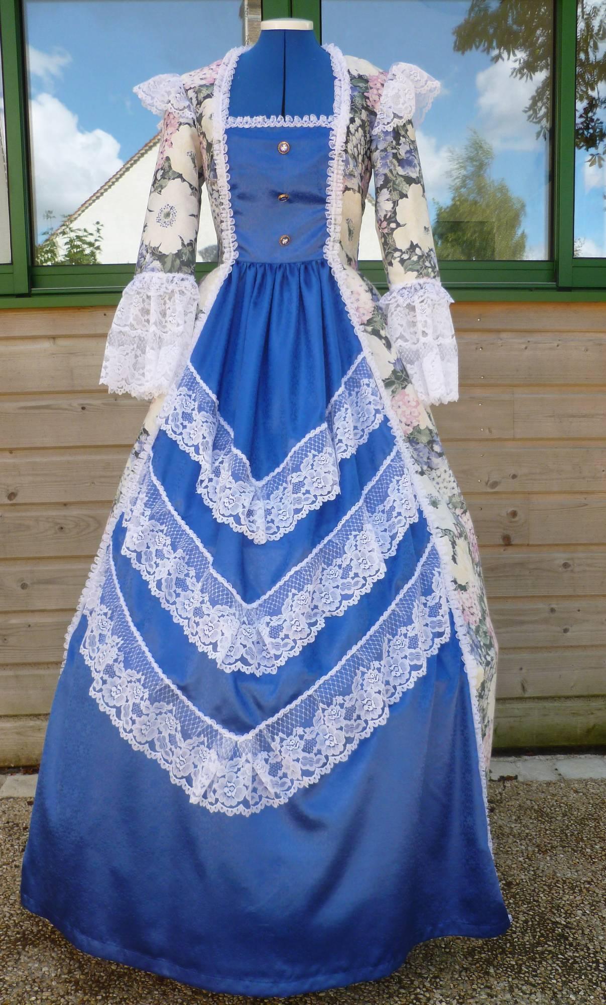 Costume-Marquise-Louise-C6