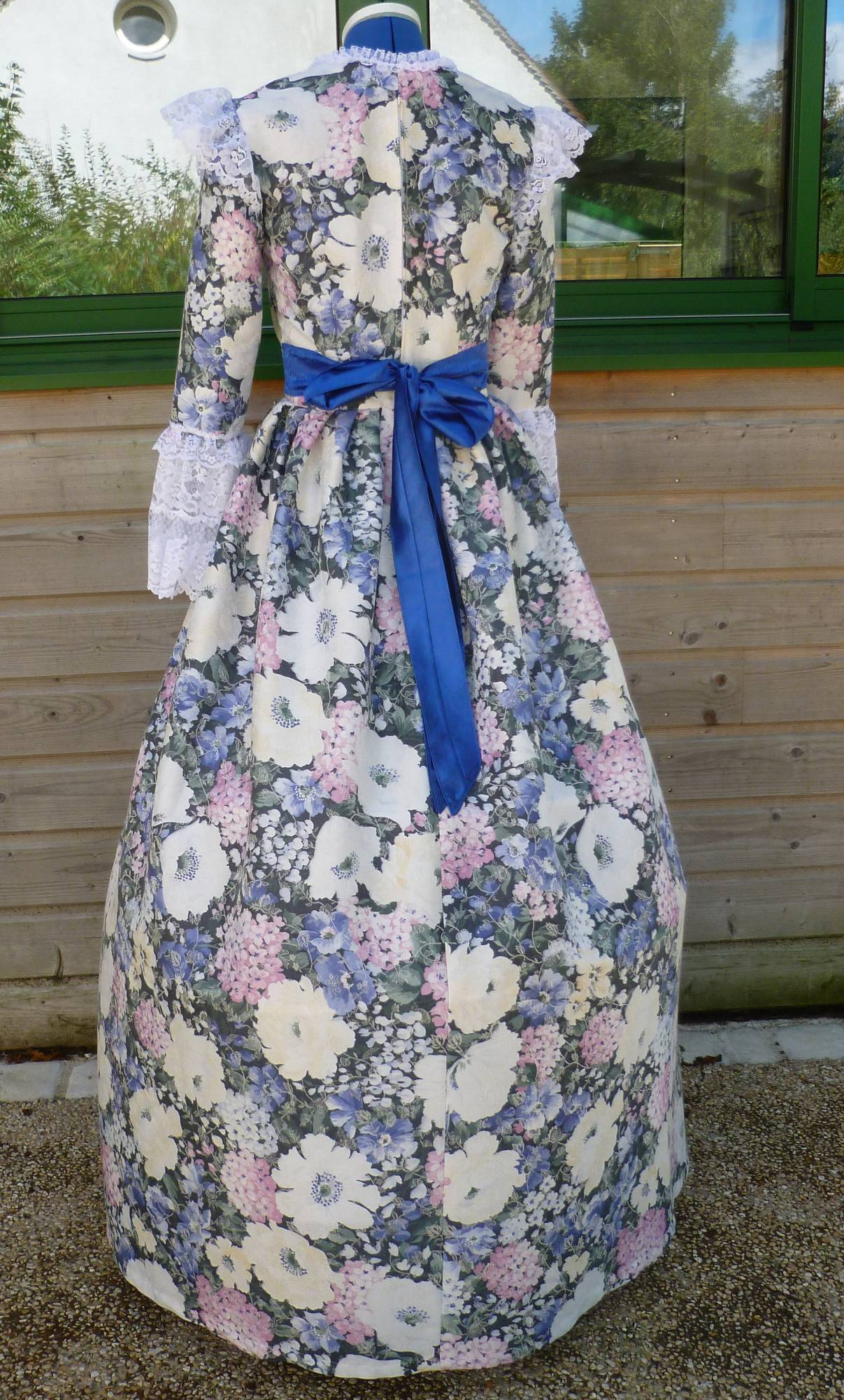 Costume-Marquise-Louise-C6-2