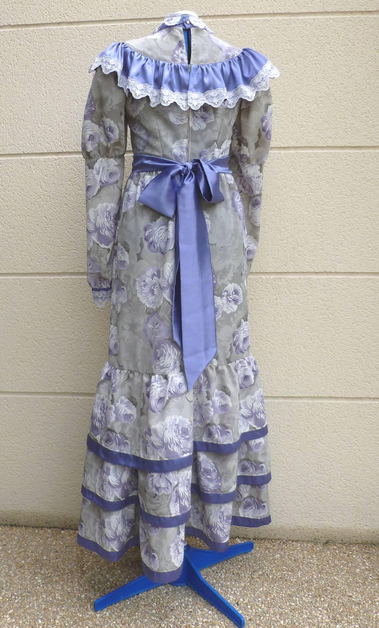 Robe-1900-3
