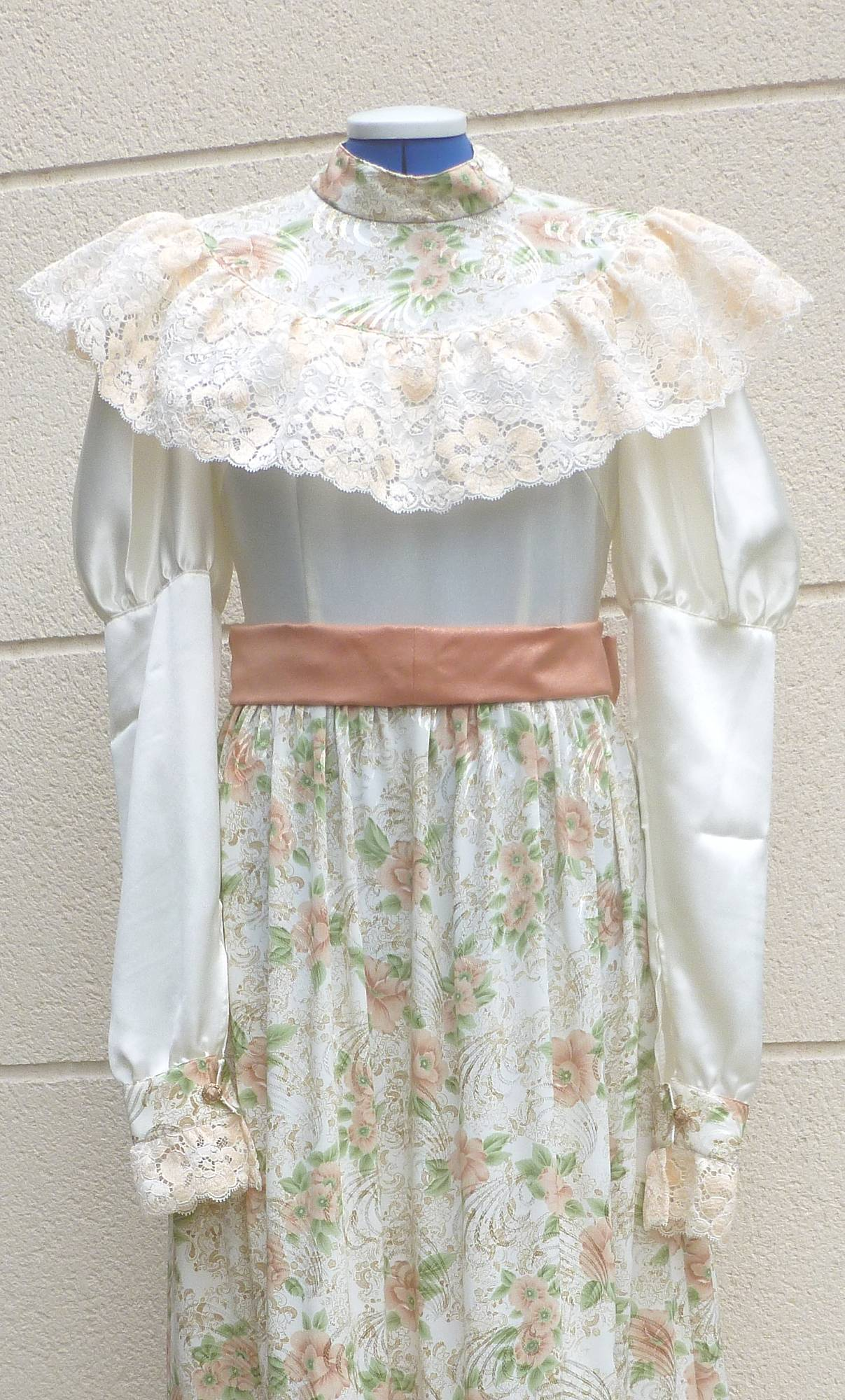 Robe-1900-taille-42-4