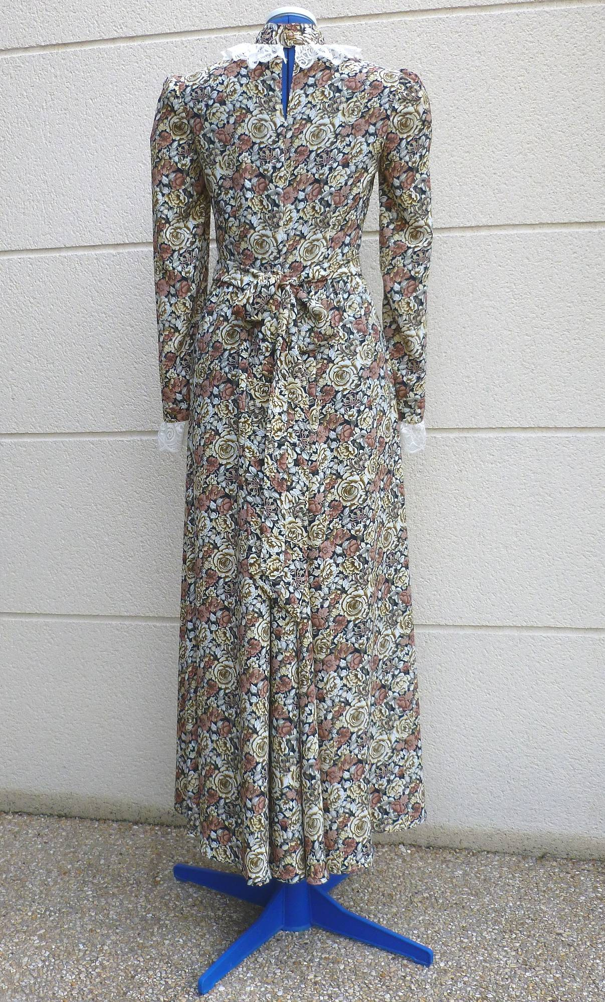 Robe-1900-taille-38-3