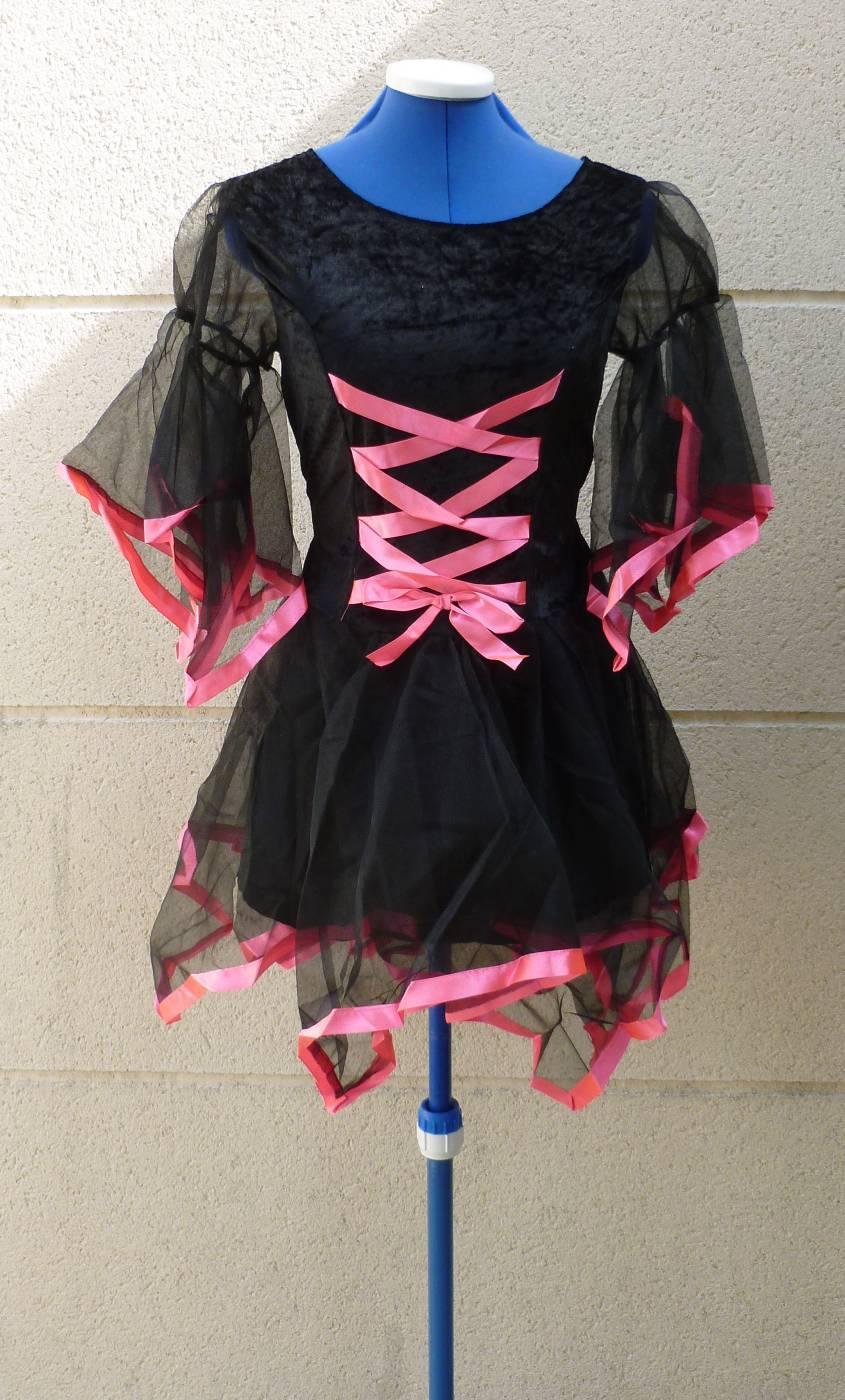 Robe-Sorcière-noir-et-rose-2
