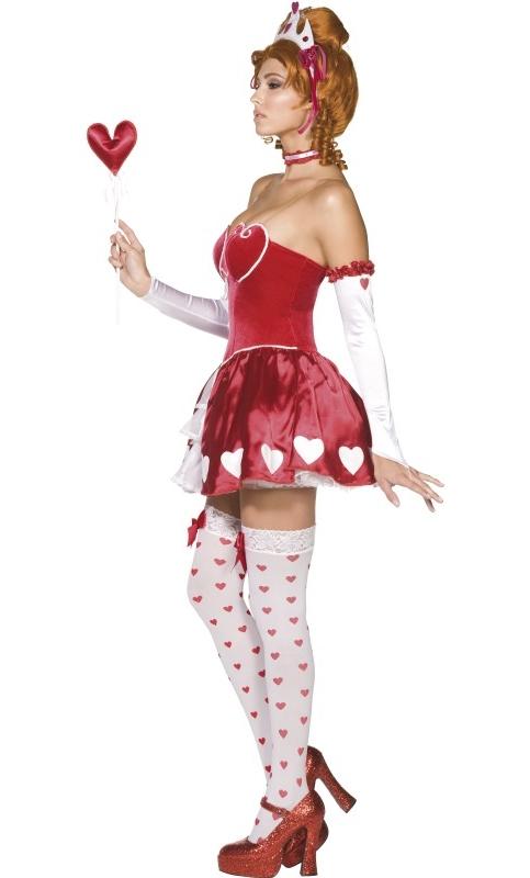Costume-Reine-des-Coeurs-2