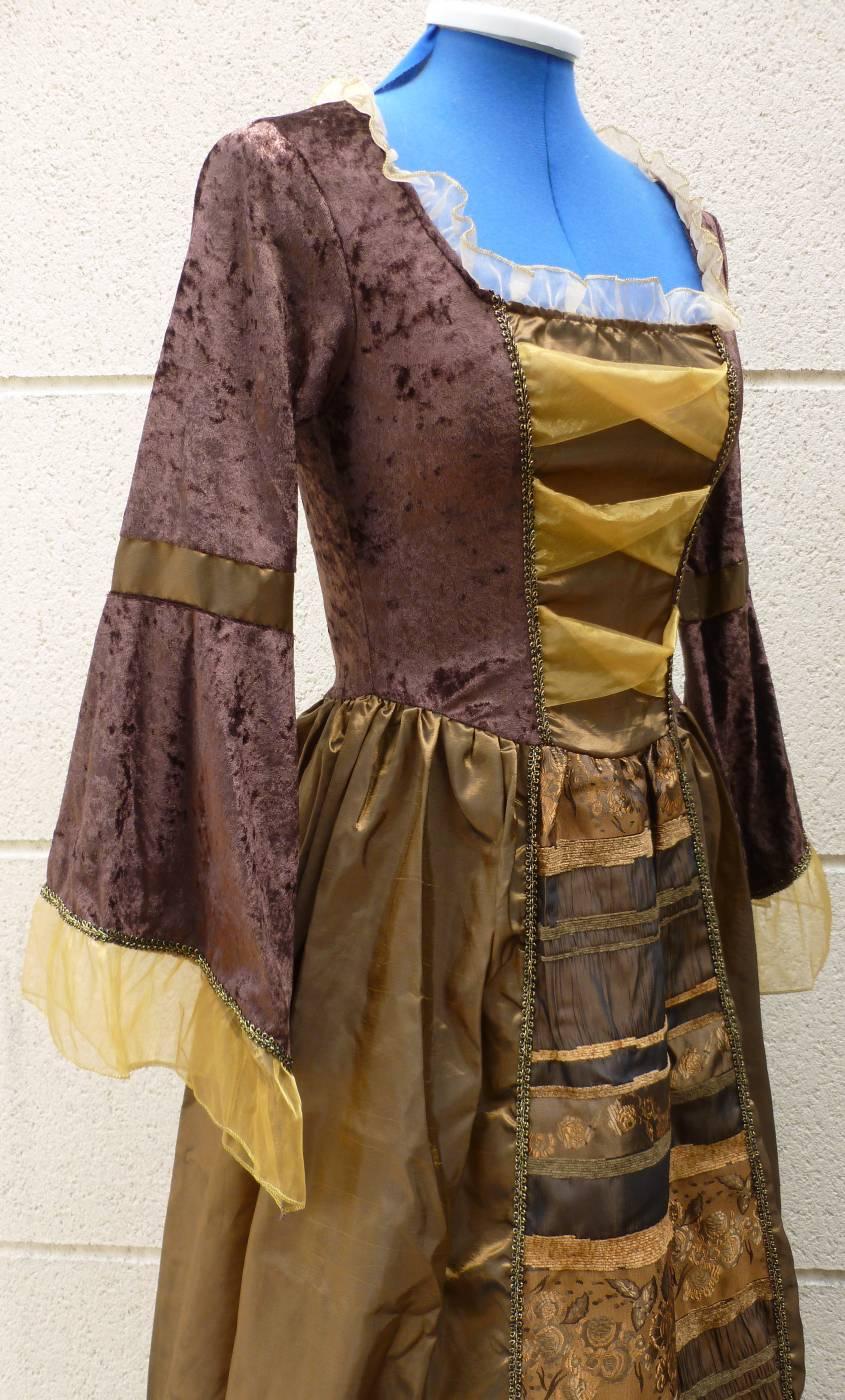Robe-de-Marquise-Femme-3