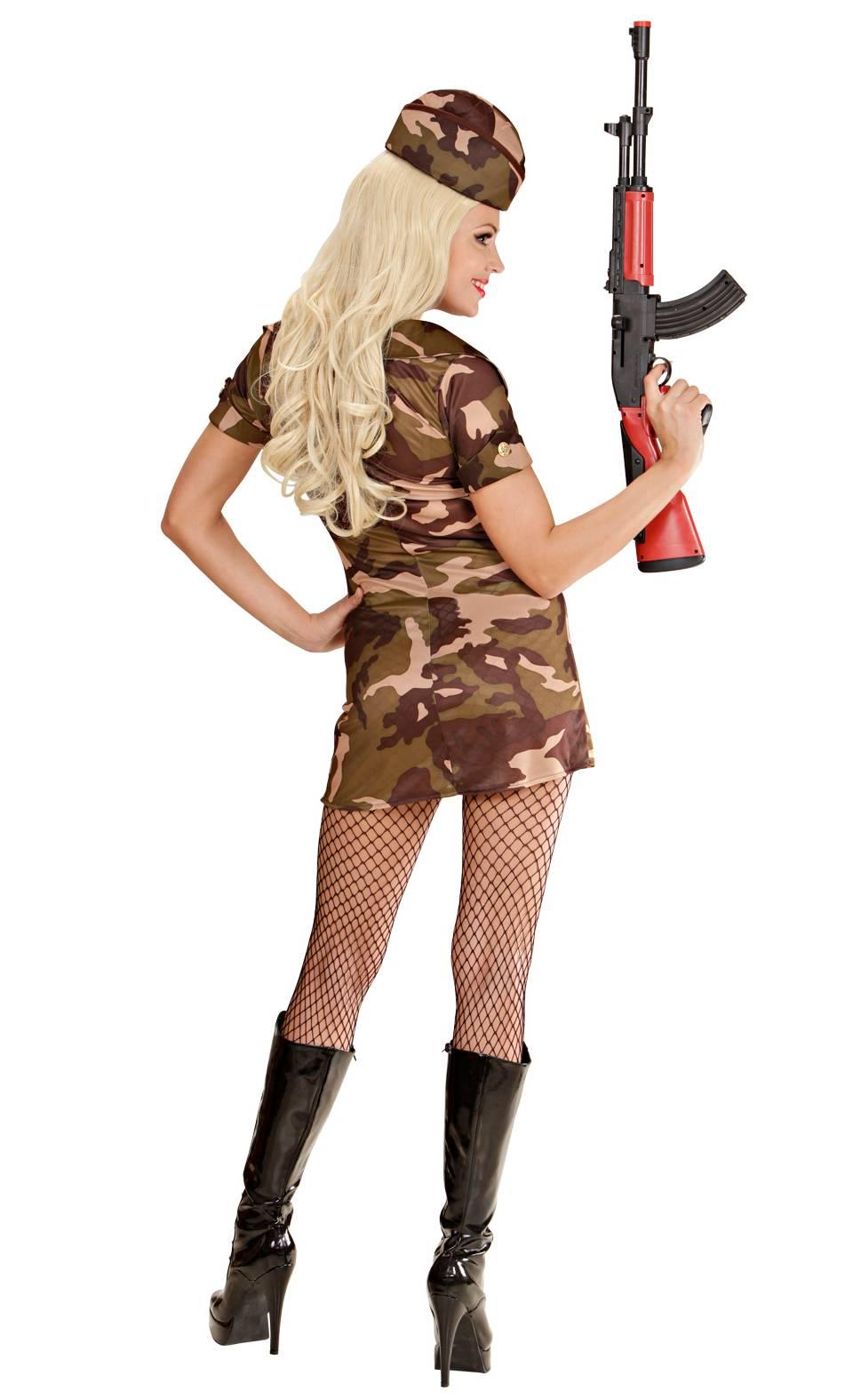 Costume-de-militaire-pour-femme-2