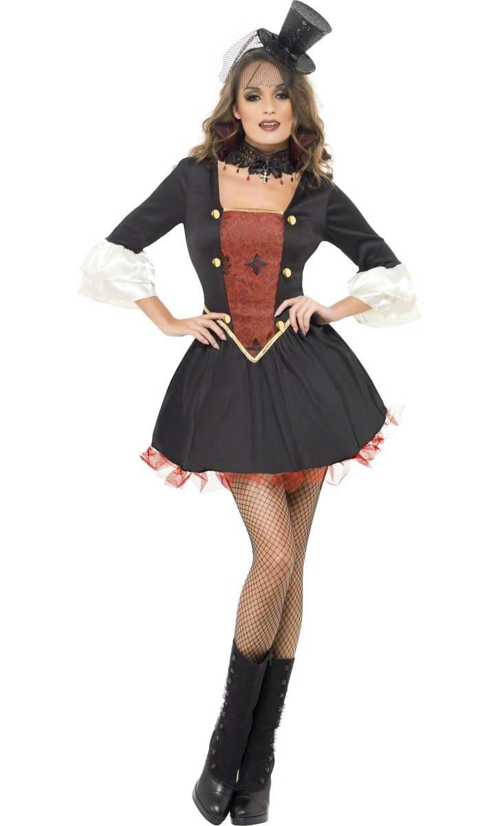 Costume-Marquise-Cabaret-Sanguine