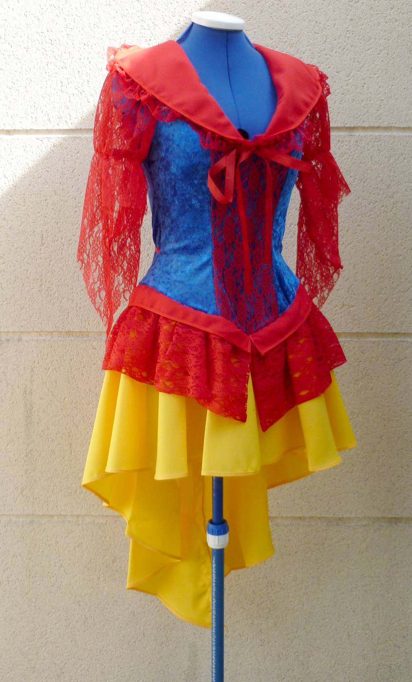 Costume-de-Blanche-Neige