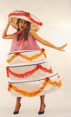 Costume-Gateau-surprise