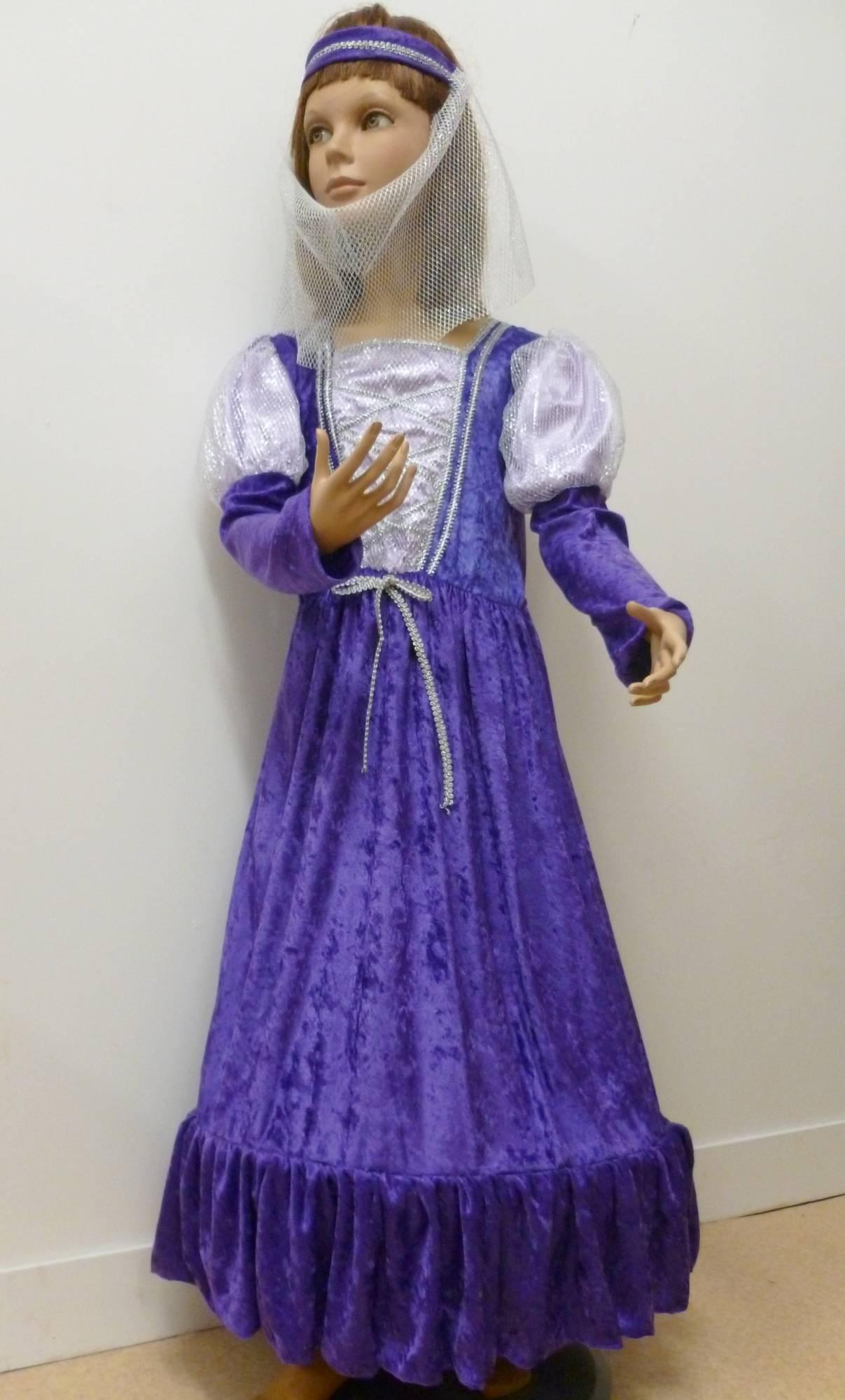 Costume-Princesse-Médiévale-D1