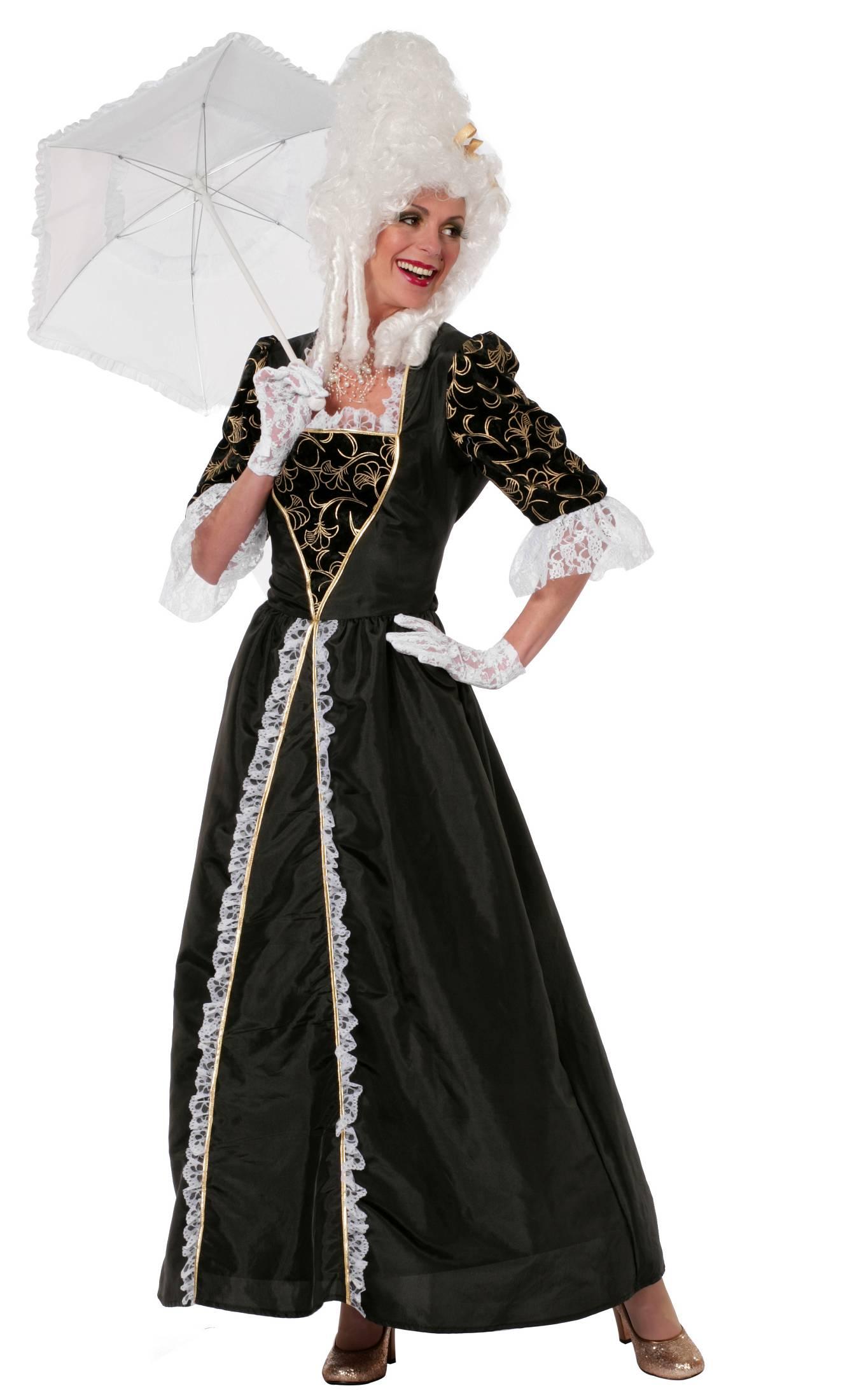 Costume-de-marquise