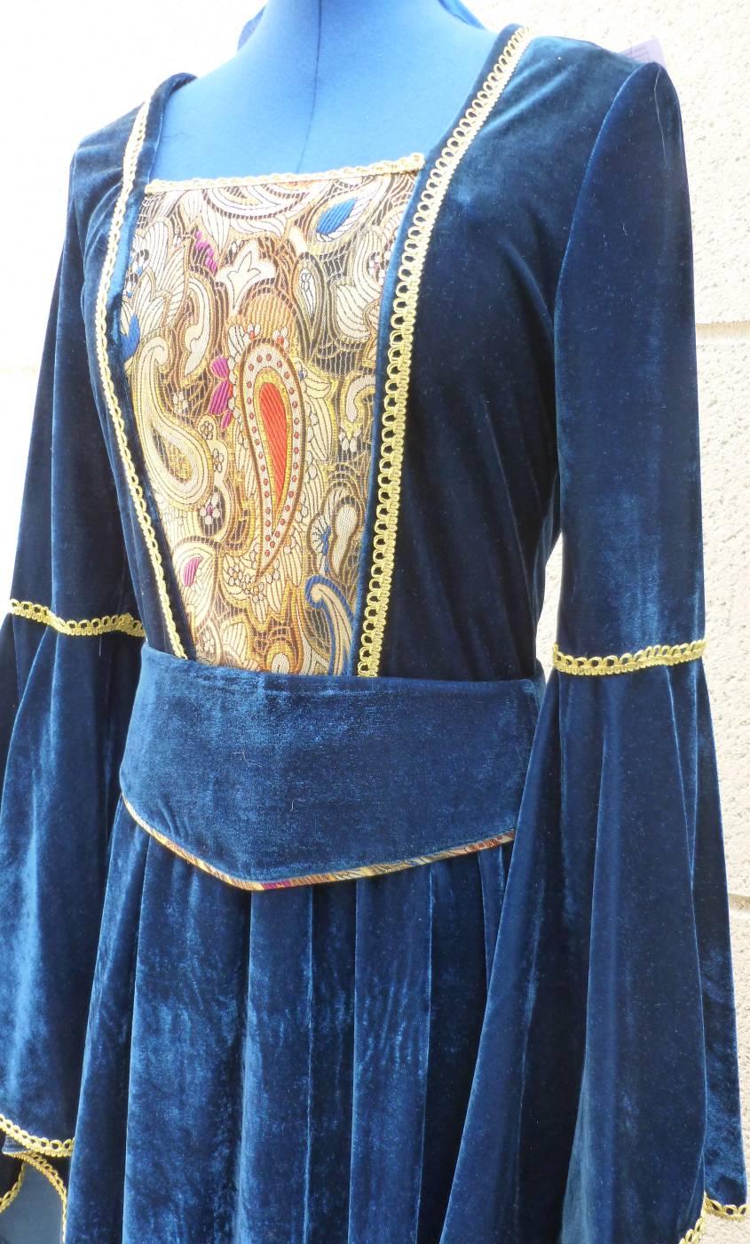 Costume-Médiévale-Femme-3